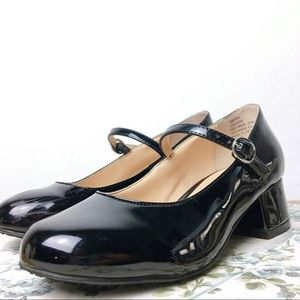 Vince Camuto Black Patent Mary Jane Shoes Girls